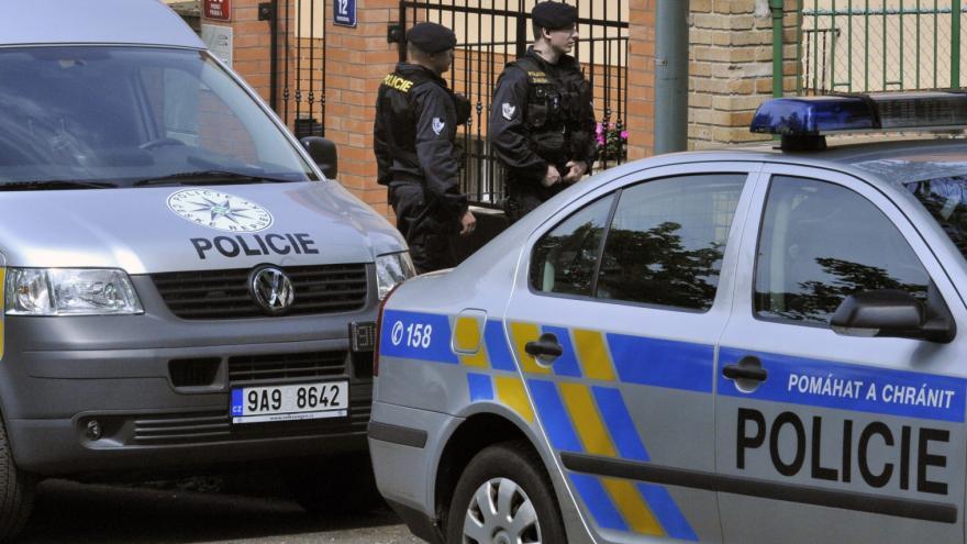 Video Události: Policie v kauze Beretta stíhá bývalého protikorupčního detektiva