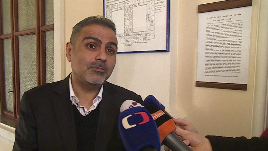 Video Abdullah Zadeh si stěžuje na postup státního zástupce i soudce