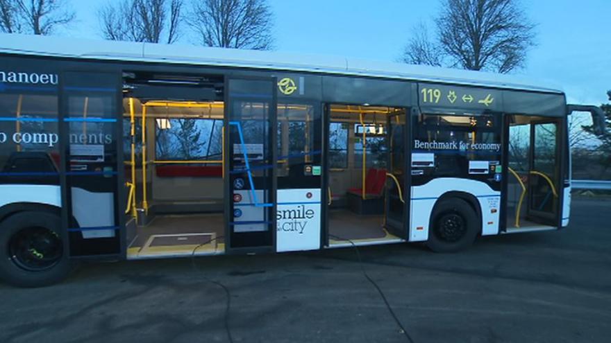 Video Studio 6: Dopravní podnik představuje autobus CapaCity L
