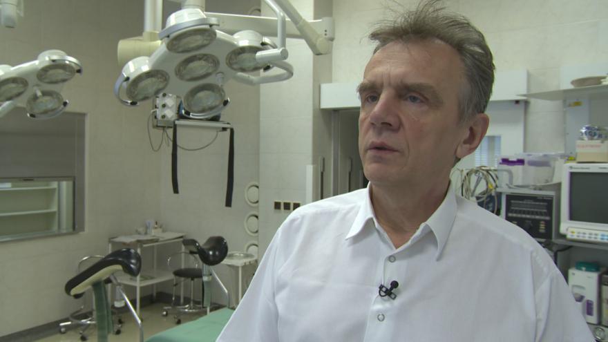 """Video """" Byl to ojedinělý případ"""", říká přednosta gynekologicko-porodnické kliniky FN Brno Pavel Ventruba"""