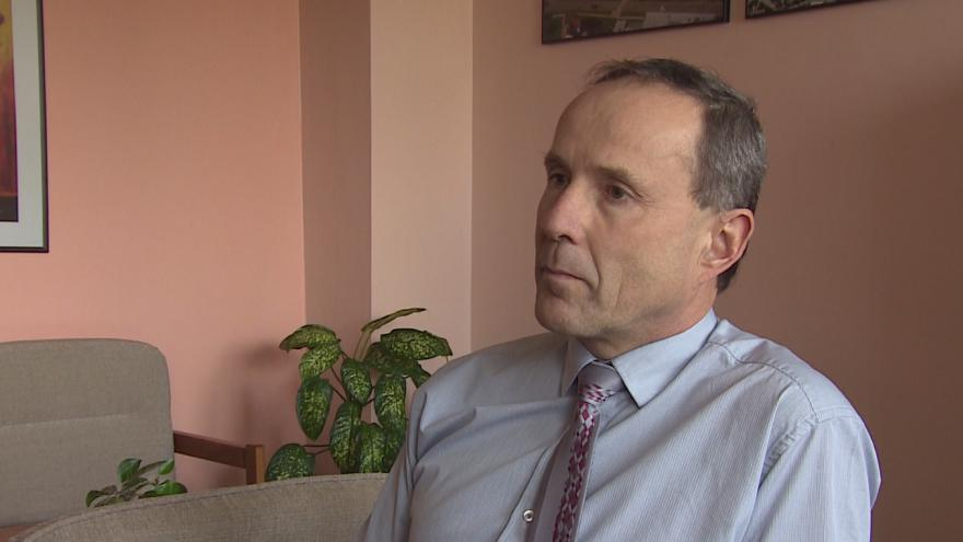 """Video """"Když to bude nutné, budu zvát policisty častěji, říká Pavel Dvořáček"""", ředitel střední školy v Blansku"""