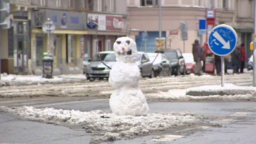 Video Sněhulák