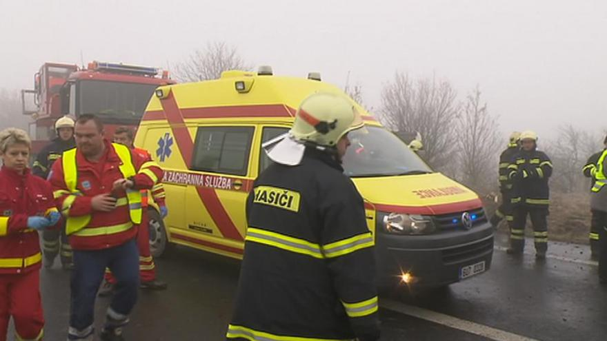 Video David Kolář (HZS Slaný): O spoustu zraněných se postarali projíždějící řidiči
