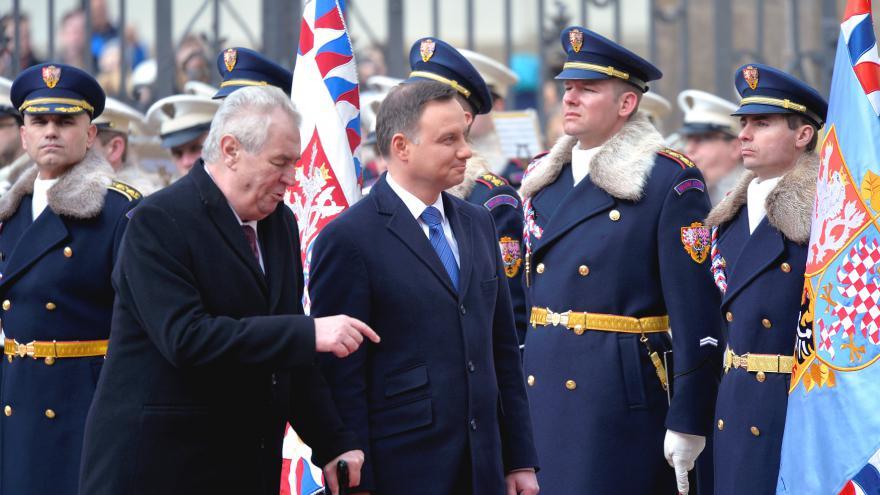 Video Uvítání polského prezidenta v Praze