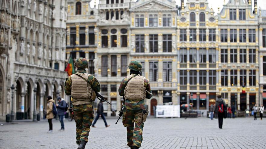 Video Belgie pod palbou kritiky kvůli atentátům