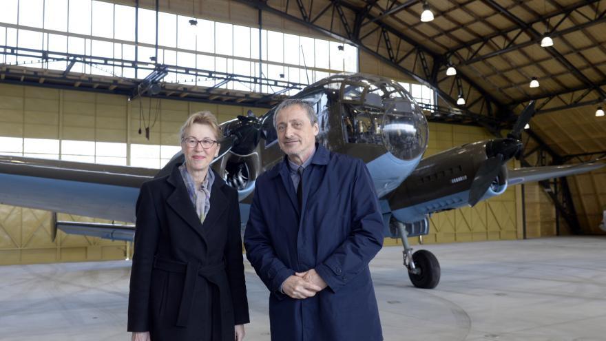 Video Tisková konference k otevření dvou hangárů ve Staré Aerovce