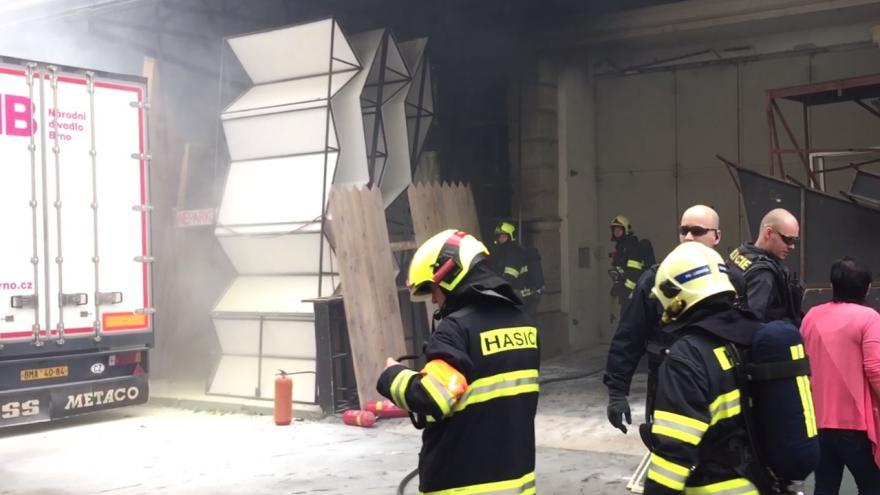 Video Hasiči zasahovali u požáru v brněnském Mahenově divadle