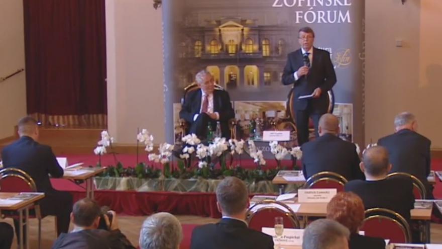 Video Prezident Zeman na Žofínském fóru - kompletní záznam