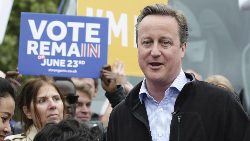 Video Cameron poprvé obhajoval setrvání Velké Británie v EU ve větší televizní debatě