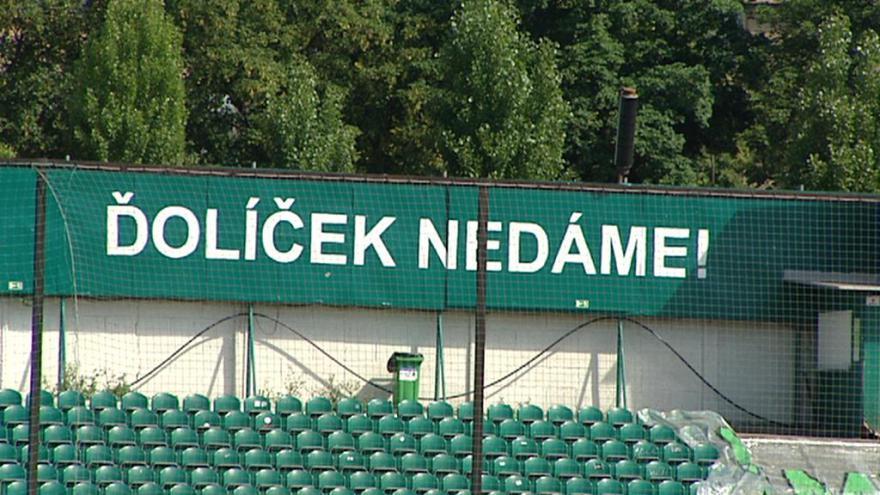 Video Události v regionech: Zastupitelé Prahy 10 jednali o Ďolíčku