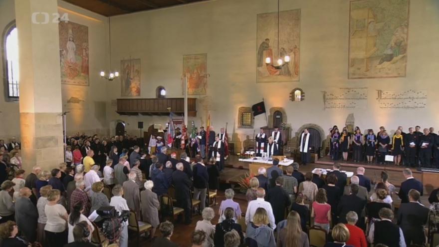 Video Ministr Herman: Husovo poselství pravdivosti je nadčasové