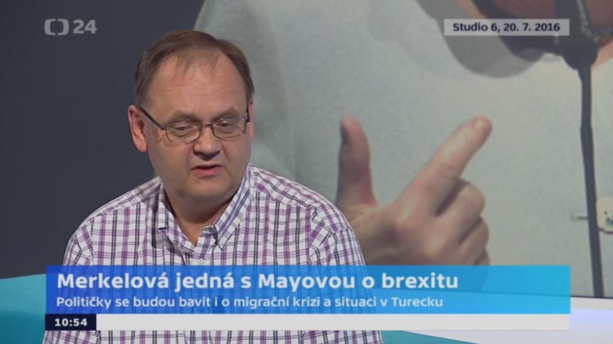 Video Handl: Merkelová a Mayová mají rozdílné politické preference