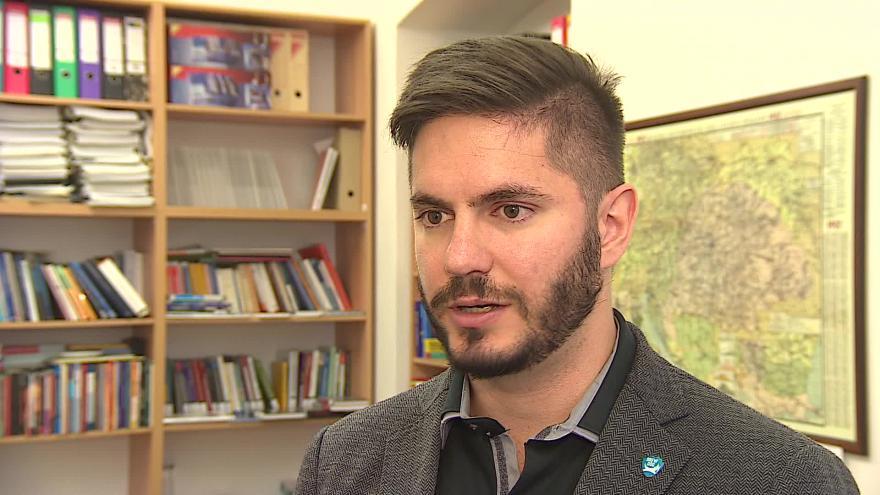 Video Politolog Miloš Gregor hovoří o mediální propagaci krajů