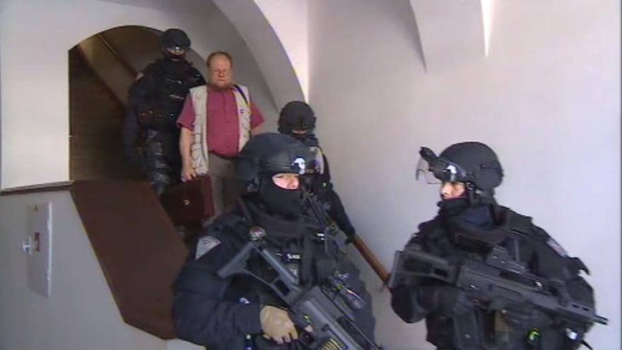 Video Převoz Věstonické venuše provázela přísná bezpečnostní opatření