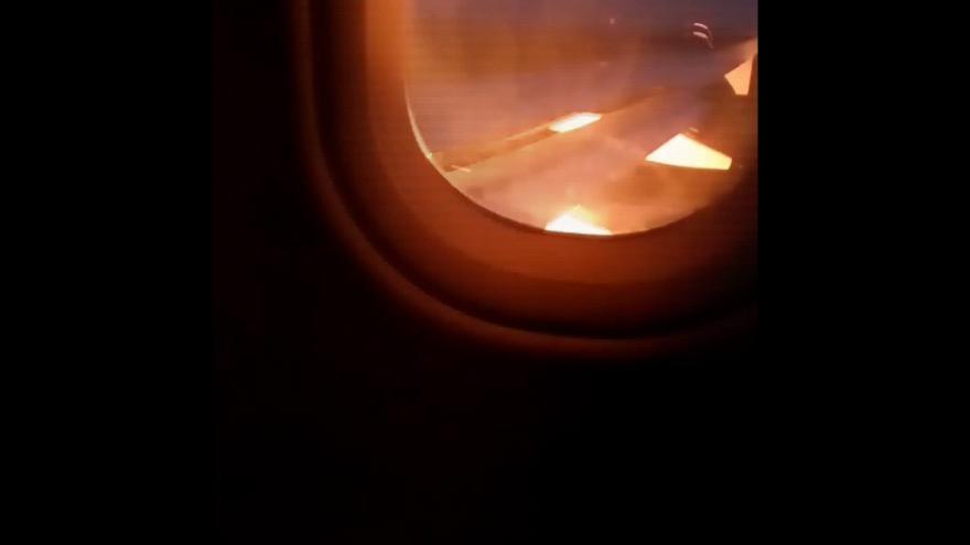 Video Srážka ptáka s letadlem na brněnském letišti