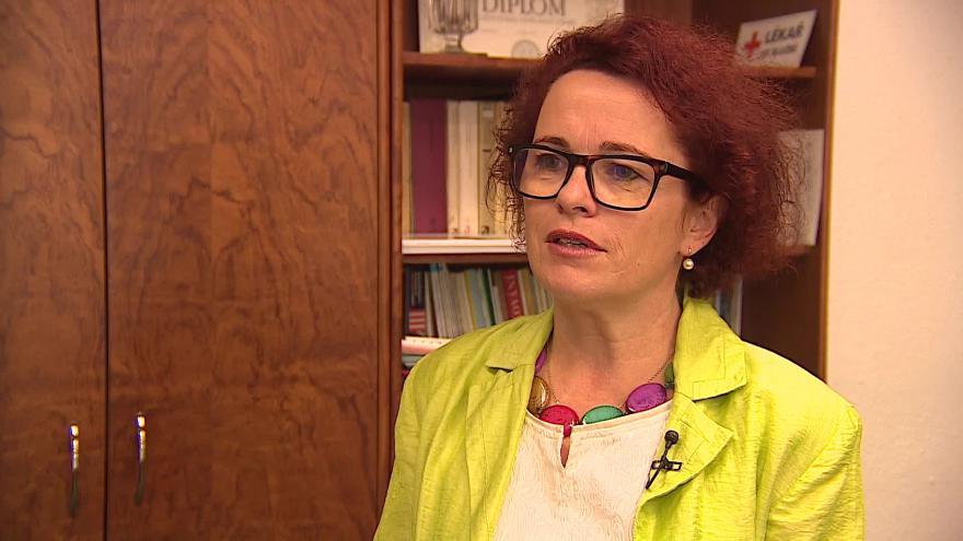 Video O šíření hepatitidy hovoří ředitelka protiepidemického odboru Renata Ciupek