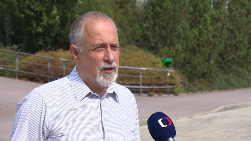 Video Lídr kandidátky Sdružení nezávislých kandidátů 1 Eduard Frisch