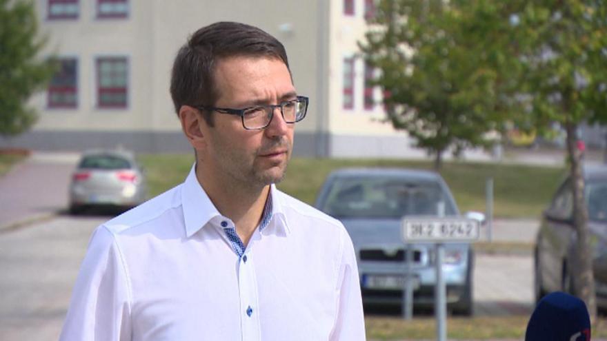 Video Lídr kandidátky Hnutí nezávislých za harmonický rozvoj měst a obcí Patrik Pizinger