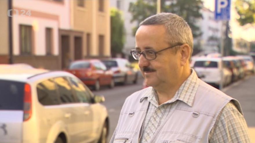 Video Lídr kandidátky Dělnická strana sociální spravedlnosti – NE imigrantům, STOP nepřizpůsobivým a diktátu EU Vladimír Jirásek