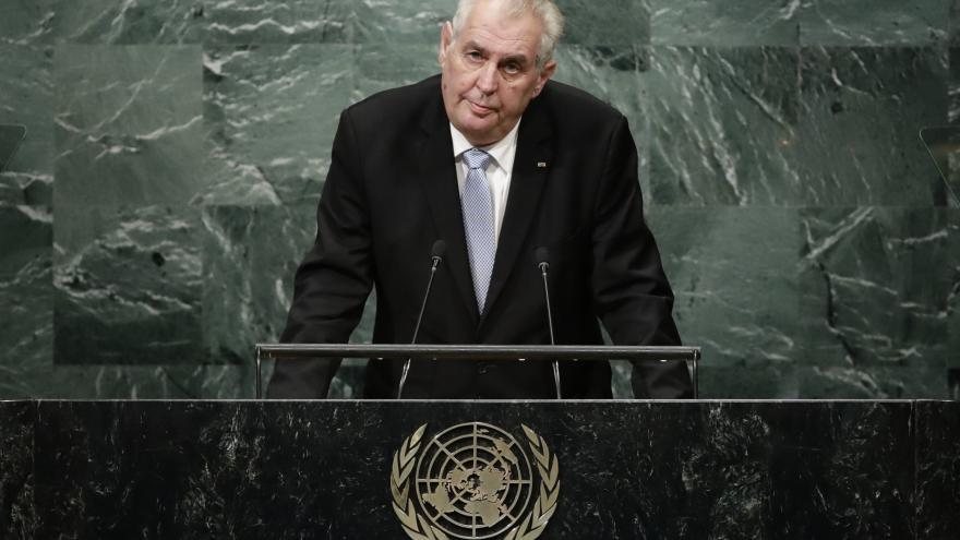 Video Čeští politici komentují prezidentovo vystoupení v OSN