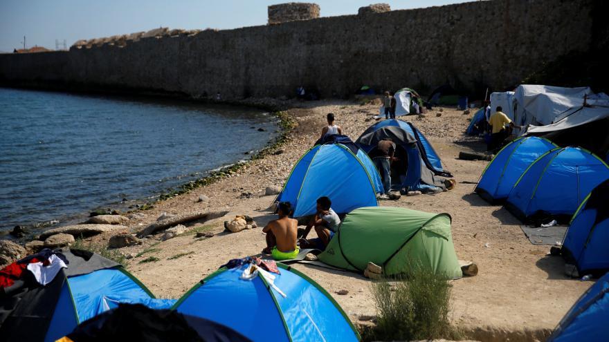 Video Přemisťování uprchlíků z Řecka do Evropy jde pomalu