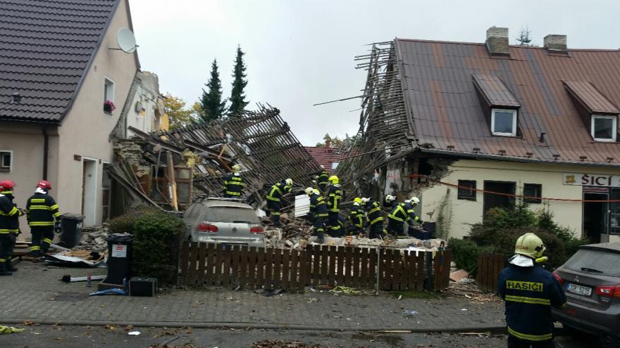 Video BEZ KOMENTÁŘE: Výbuch domu v Kladně