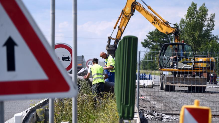 Video Oprava silnice z Beskyd do Ostravy