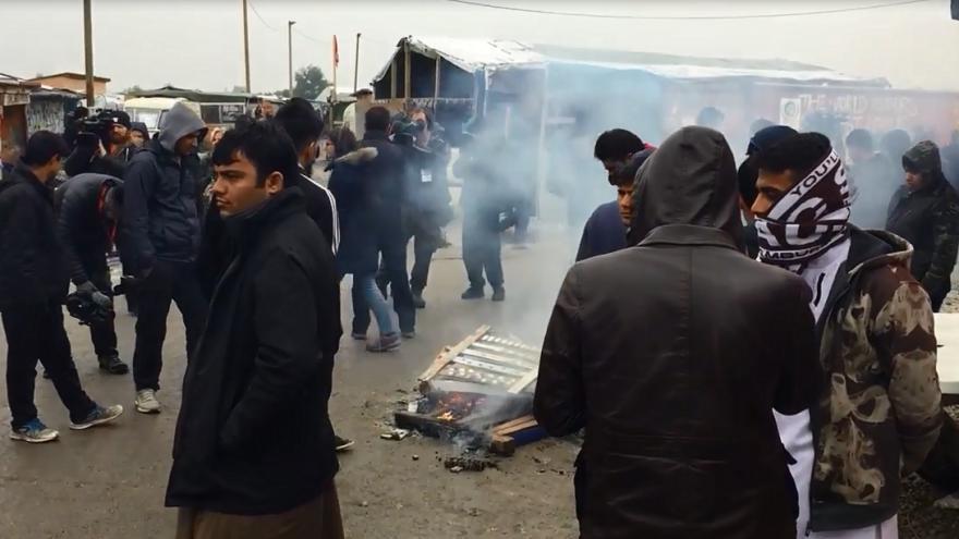 Video Atmosféra v táboře Calais