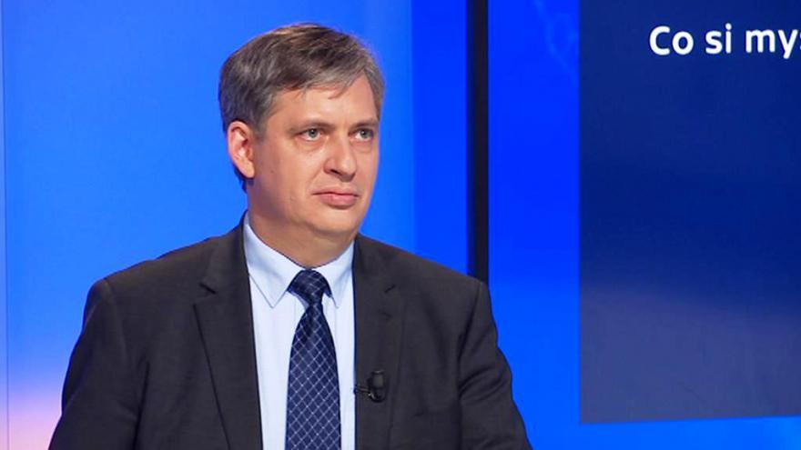 Video 90' ČT24 - Výměny ministrů ve vládě premiéra Sobotky