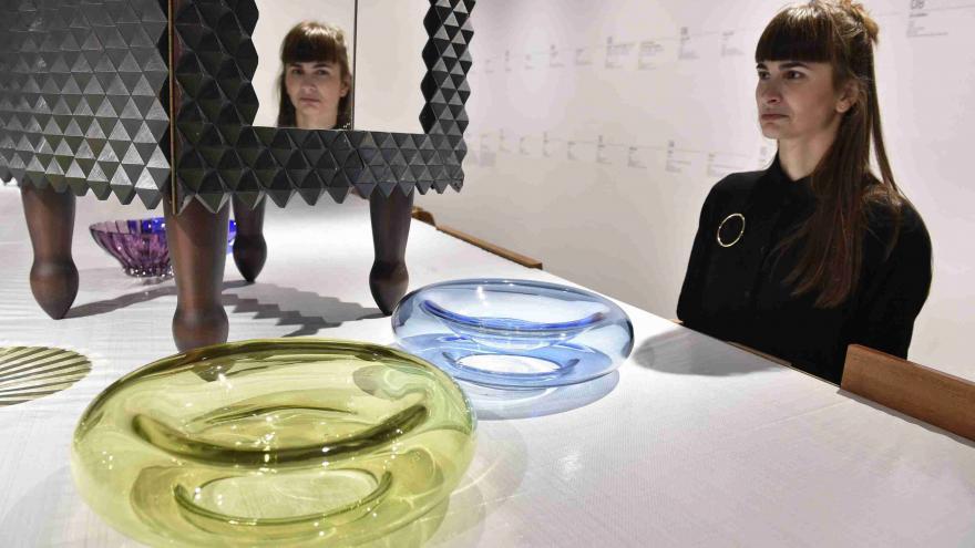 Video V Moravské galerii vrcholí Rok designu výstavou Olgoj Chorchoj