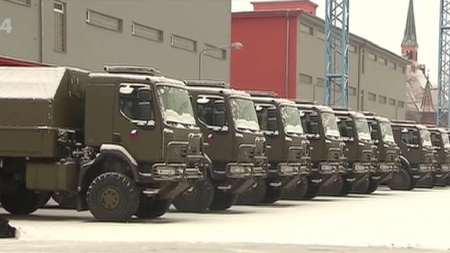Video Armáda převzala vozidla značky Tatra