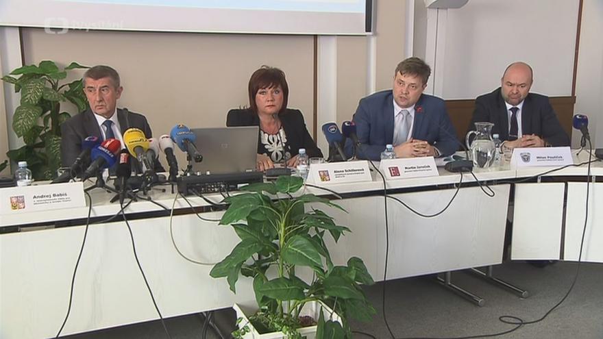 Video Ministr financí Babiš k EET