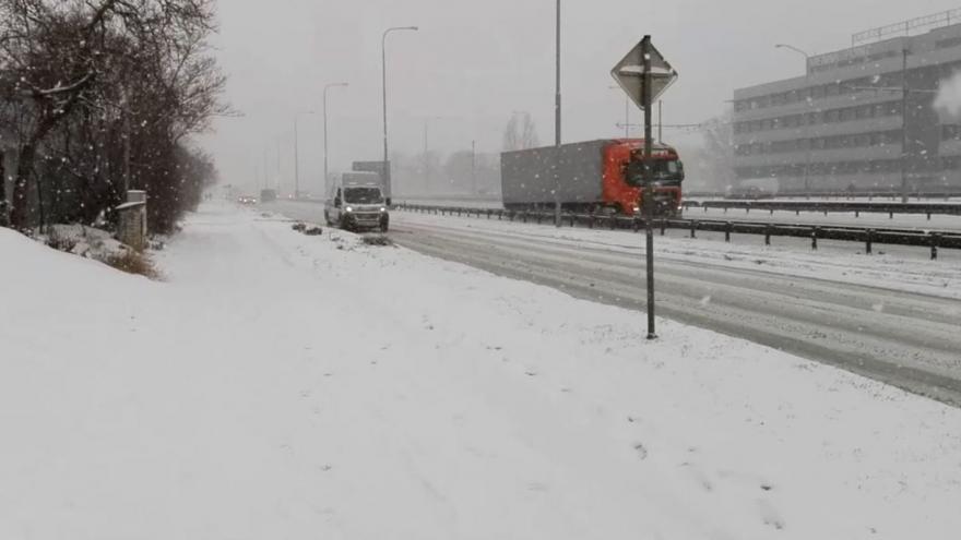 Video iReportér Marek Salajka: Odpolední husté sněžení v Brně