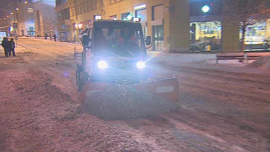 Video Bez komentáře: Brno zasypal sníh