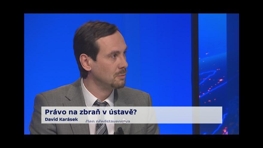 Video 90' ČT24 - Právo na zbraň?