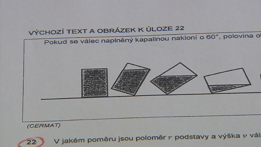 Video 90' ČT24 - Povinná maturita z matematiky