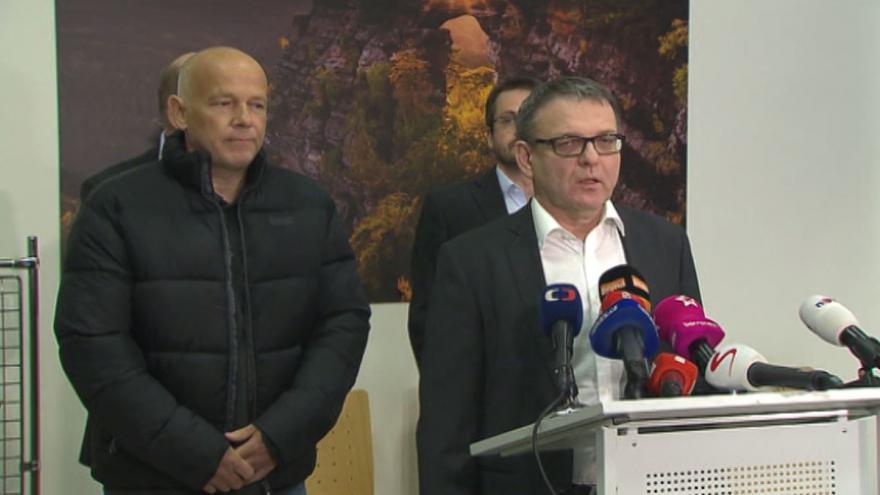 Video Brífink ministra zahraničí Lubomíra Zaorálka a Petra Jaška