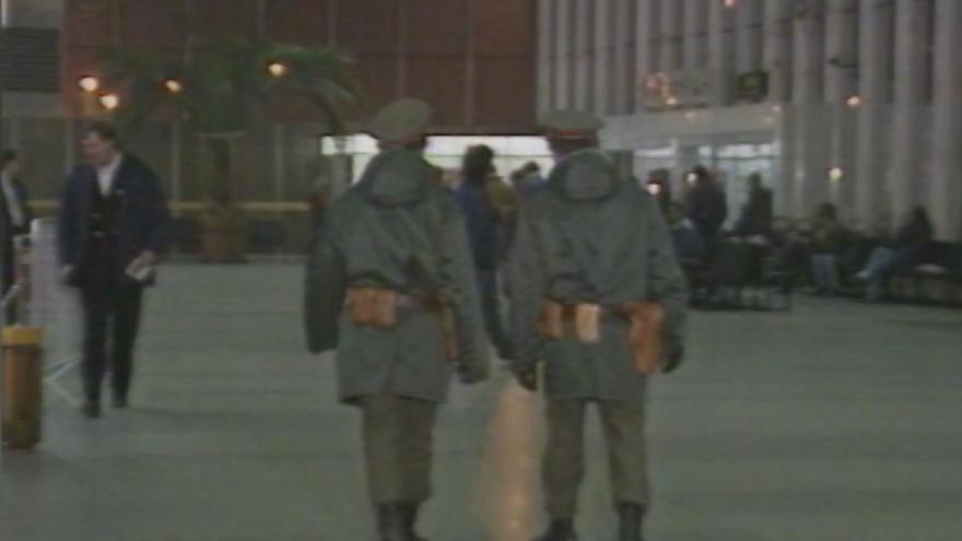 Video 1991: Zvýšená bezpečnostní opatření na letišti v Ruzyni