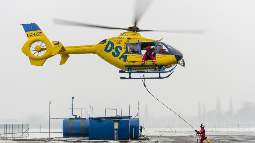 Video Události ČT: Pohraničí je hůř dostupné pro vrtulníky záchranářů