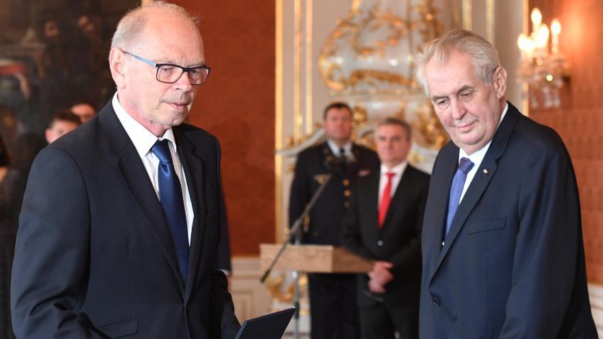 Video Ivan Pilný jmenován ministrem financí