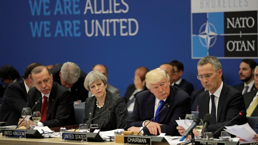 Video 90' ČT24 - Trump a spojenci v NATO společně proti terorismu