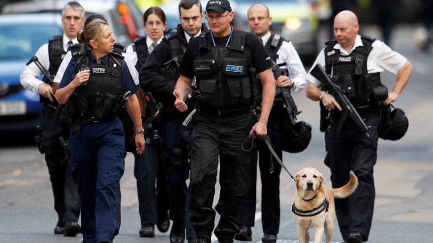Video ŽIVĚ: Speciální vysílání ČT24 k útokům v Londýně