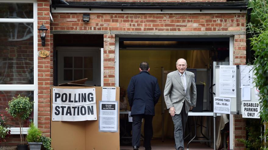 Video Mimořádné pořady ČT24 - Britské parlamentní volby 2017