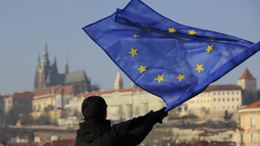 Video Mimořádné pořady ČT24 - 15 let Česka v EU