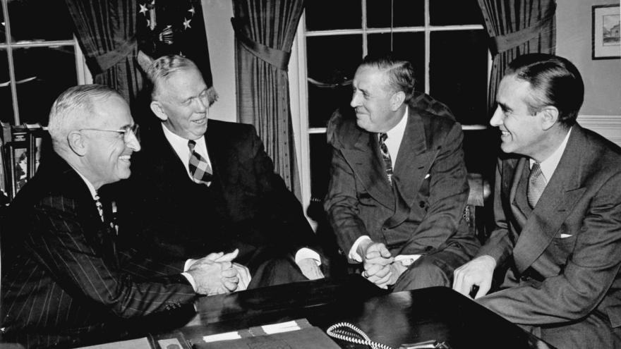 Video Historie.cs - Studená válka a Marshallův plán