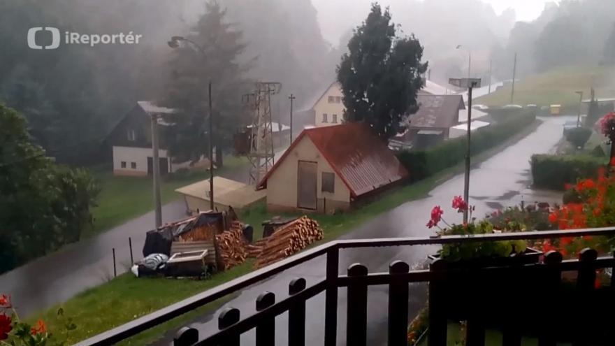 Video Odpolední déšť v Bukovině u Čisté na Semilsku
