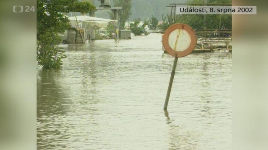 Video Povodně 8. srpna 2002: Události