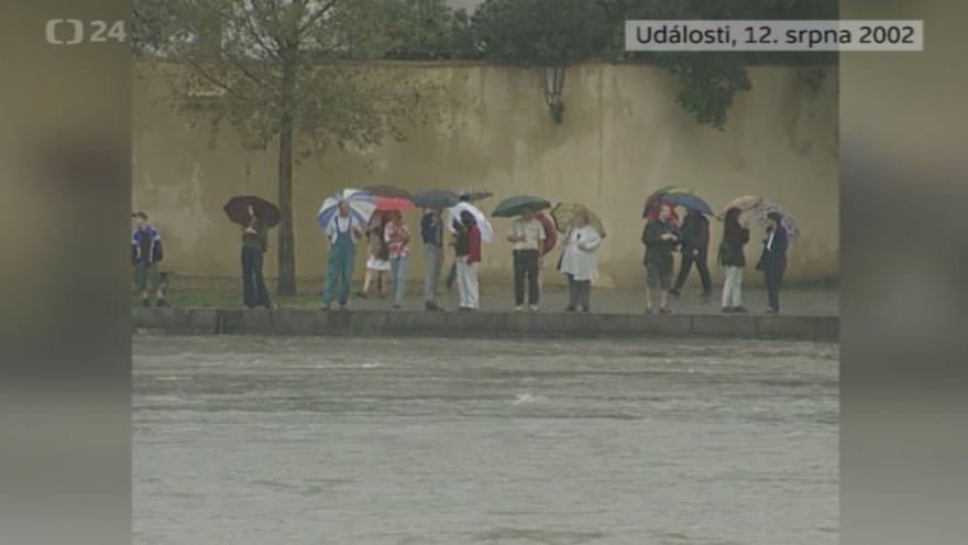 Video Povodně 12. srpna 2002: Události