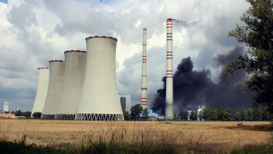 Video Požár v elektrárně