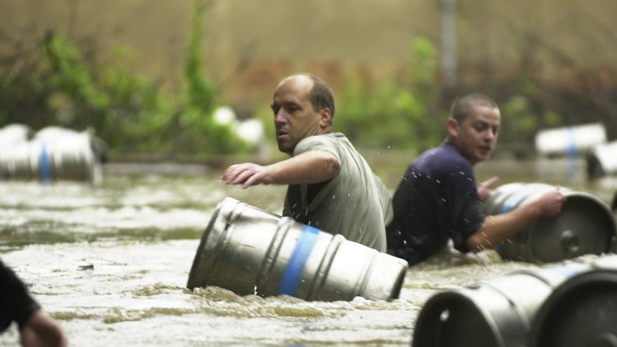 Video Vladimír Piskala o povodních v roce 2002